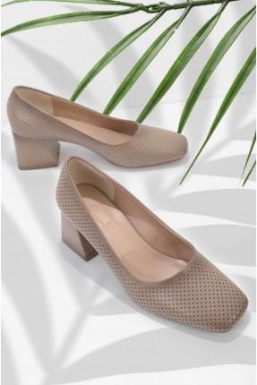 حذاء نسائي جلد بكعب