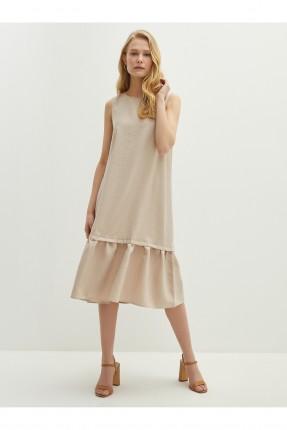 فستان بتفاصيل كشكش - بيج