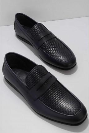 حذاء رجالي مزين بنقشة - كحلي