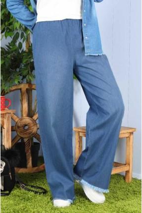 بنطال جينز نسائي بقصة واسعة
