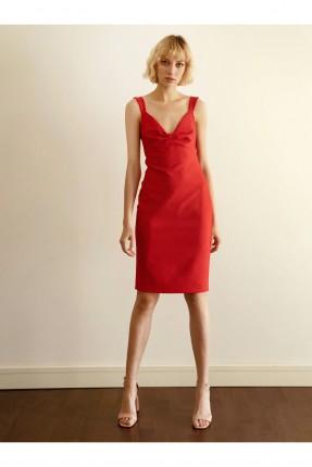 فستان قصير بياقة مجمعة