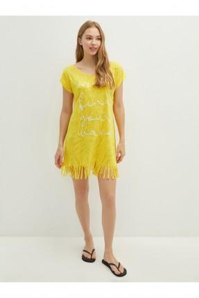 فستان للشاطى مزين بشراشيب