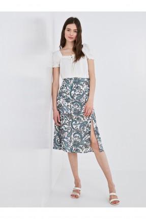 تنورة قصيرة مزخرفة