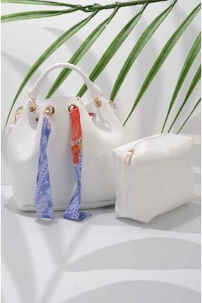 حقيبة يد نسائية مزينة بفولار