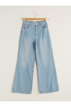 بنطال جينز نسائي واسع الساقين