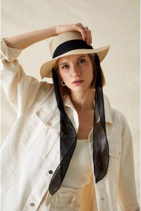 قبعة نسائية قش