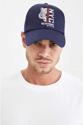 قبعة رجالية بطبعة