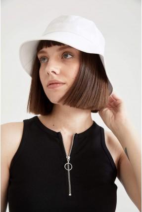 قبعة نسائية سادة - ابيض