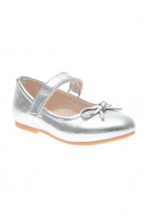 حذاء بيبي بناتي سادة اللون