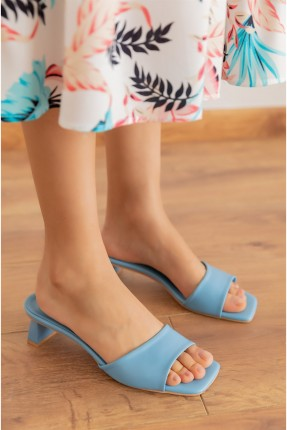 حذاء نسائي بكعب - ازرق