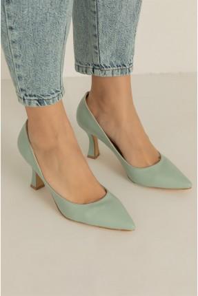 حذاء نسائي كلاسيكي - اخضر