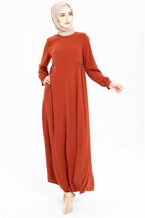 فستان نسائي بياقة دائرية