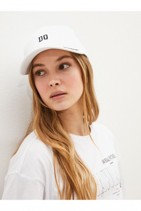 قبعة نسائية سادة اللون - ابيض