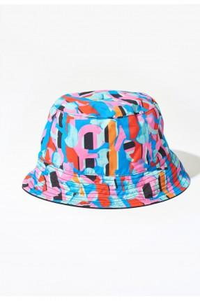 قبعة نسائية ملونة