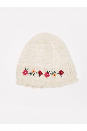 قبعة بيبي بناتي تريكو مزين بالورد