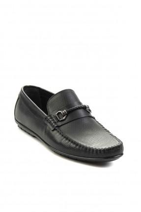 حذاء رجالي مزين باكسسوار - اسود