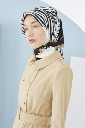 حجاب تركي بنقشة سلسلة وزيبرا