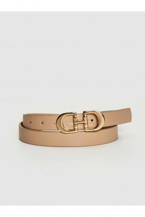 حزام نسائي جلد مزين بقطعة معدنية - بيج