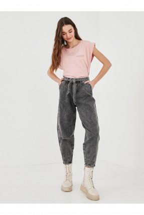 بنطال جينز نسائي بخصر مرتفع