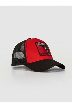 قبعة رجالية مزينة بطبعة وبشبك - احمر