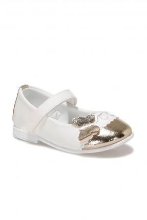 حذاء بيبي بناتي مزين بتفاصيل