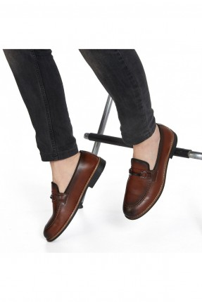حذاء رجالي مزين باكسسوار