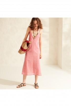 فستان سبور بياقة واسعة