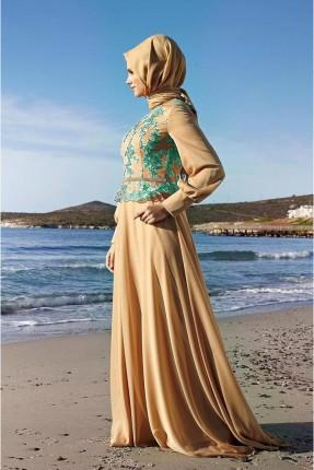 فستان رسمي مزين بنقشة مغايرة اللون