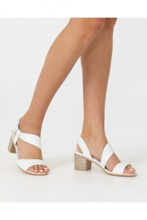 حذاء نسائي سادة - ابيض