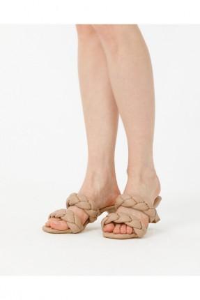 حذاء نسائي مزين بجدلة - بيج