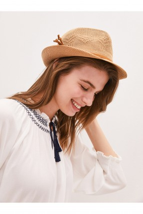 قبعة نسائية دائرية - بني