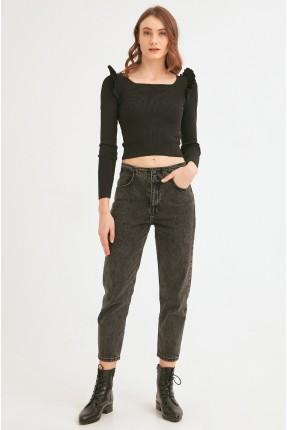 بنطال جينز نسائي قصير