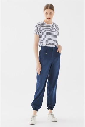 بنطال نسائي جينز مزين بجيوب