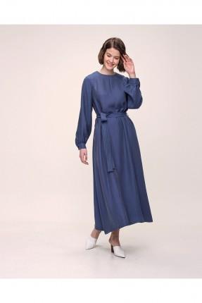 فستان مزين بزم عند الاكمام