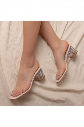 حذاء نسائي بكعب بلوري