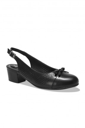 حذاء نسائي بثقوب - اسود