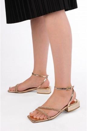 حذاء نسائي ذو لمعة - ذهبي