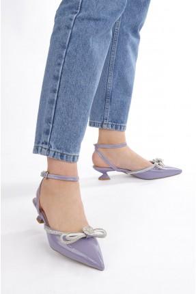 حذاء نسائي مزين بستراس - بنفسجي