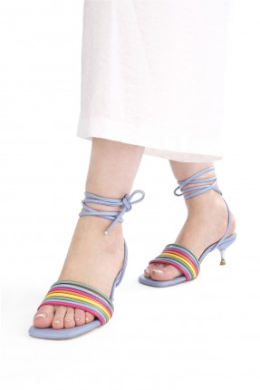 حذاء نسائي بتفاصيل ملونة - ازرق