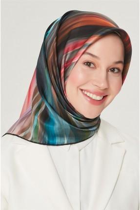 حجاب تركي مزين بخطوط ملونة
