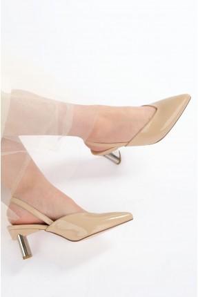 حذاء نسائي سادة اللون - بيج