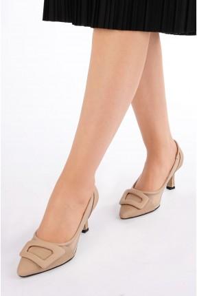 حذاء نسائي ببكلة - بيج