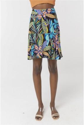 تنورة قصيرة ملونة