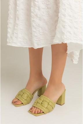 حذاء نسائي بكعب - اخضر