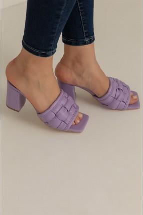 حذاء نسائي بكعب - بنفسجي