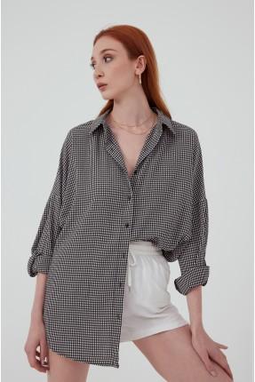 قميص نسائي مزين بكارو