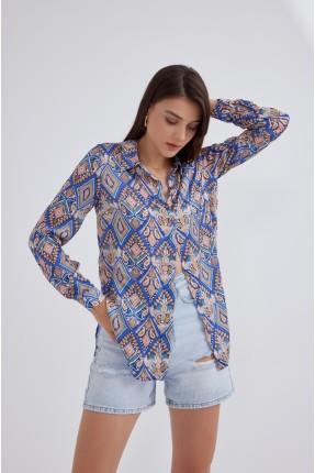 قميص نسائي مزين بفتحة جانبية