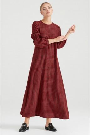 فستان نسائي مزين بنقشة - احمر