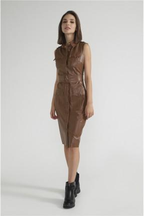 فستان جلد مزين بازرار