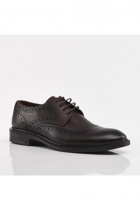 حذاء رجالي مزين بنقشة - بني